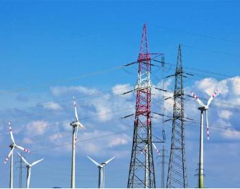 <em>风电</em>运维市场潜力巨大或超千亿 这一龙头已连续9年市占率第一