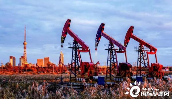 中国石油158个重大项目建设全速前进