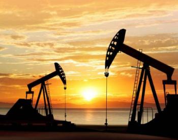 """成品油价八年来首现""""七连涨"""""""
