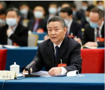 全国政协委员、哈尔滨电气集团董事长斯泽夫: