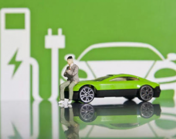 别让配套基础设施建设拖了新能源汽车消费的后腿