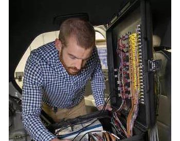 西南研究院开发新型快速充电控制器 缩短电动汽车充电时间