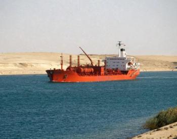 亚欧航线苏伊士运河与好望角路径成本比较