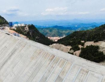 广东抽水蓄能电站上水库工程通过蓄水验收