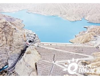 新疆若羌河水库电站厂房正加紧建设