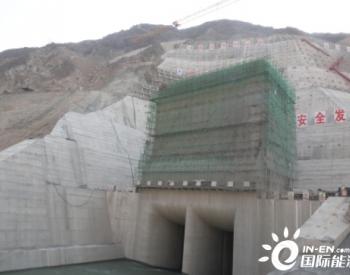 水电五局承建的巴塘水电站导流洞进水塔封顶