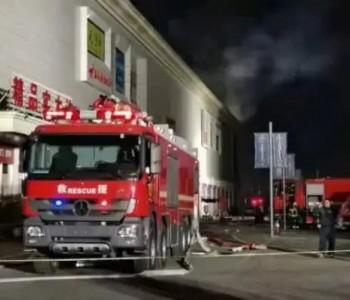 光储充电站突发大火!2名消防员牺牲,1名受伤,1名电站员工失联!