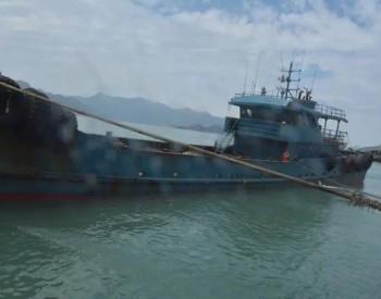 海上惊险追击!海警在霞浦海域查获涉嫌走私成品油约300吨!抓获嫌疑人6名!