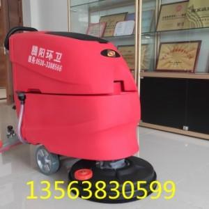 腾阳电动驾驶式洗地机,一台机器顶八个员工!
