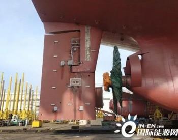 大连中远海运重工49900吨油船首制项目轴舵系施工再提效