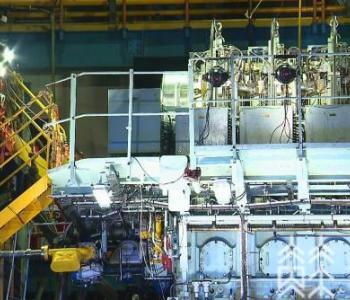 我国自主研发的低速双燃料发动机CX40DF首台机在江