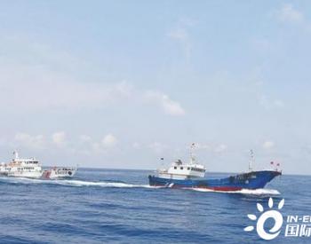 海南三亚海警局查获走私成品柴油200余吨