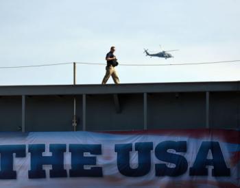 """扣船卖油 美国""""海盗""""行径背后的强权逻辑"""