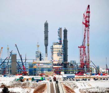 中国能建参建俄罗斯最大天然气加工厂首列生产线投