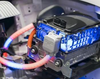 左手电动车、右手储能,磷酸铁锂万亿市场稳了?