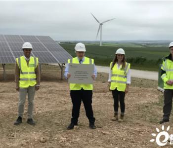 英国正式启动10MW风光储项目,鲍里斯·约翰逊首相