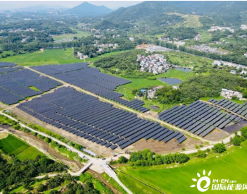 农光互补 天合光能百兆瓦210至尊走进罗田县创造更高发电量!
