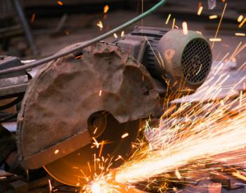 下半年用钢需求增长将减弱 专家建议做好大宗商品市场预期管理