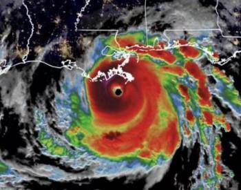 """飓风""""艾达""""打击美国能源供应 墨西哥湾95%石油生产暂停"""