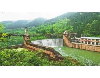132座拦河坝已拆除71座 赤水河流域四川段重现水清
