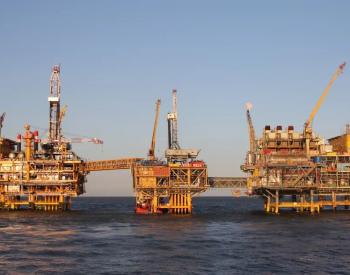 """""""欧佩克+""""拒绝加速增产 美国油价创7年来新高"""