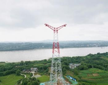 中国能建山西院设计白鹤滩至江苏<em>特高压</em>工程长江大跨越杆塔完成组立