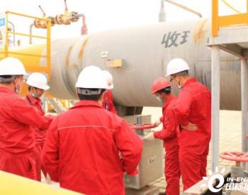 新疆油田对连接西二线与北疆环网主要干线成功清管