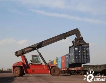 创新高!新疆铁路单日装车突破10725车
