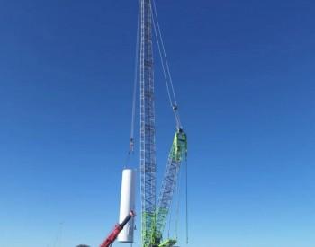 茫崖50兆瓦风电项目首台风机开始吊装