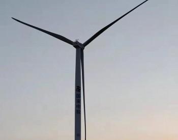 国内首台最大陆上风电机组在景泰吊装成功