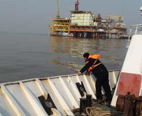 大港油田海上巡检加强<em>海上溢油</em>风险评估分析